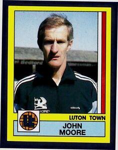 PANINI FOOTBALL 87-#135-LUTON TOWN-JOHN MOORE