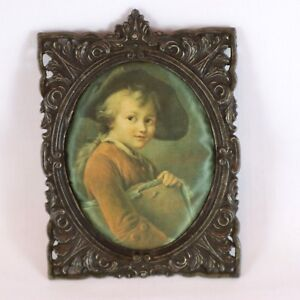 Silk-Satin-Oval-Scolaretto-Drovais-Ornate-Boy-Cast-Metal-Curio-Frame-Vintage