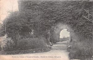 R238093 Ruines du Chateau d Arques la Bataille. Entree du Chateau. XI siecle. 19
