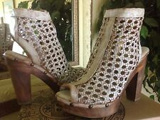 Five Worlds by Cordani Ana Womens Platform Open-toed White Leather Bootie 8M