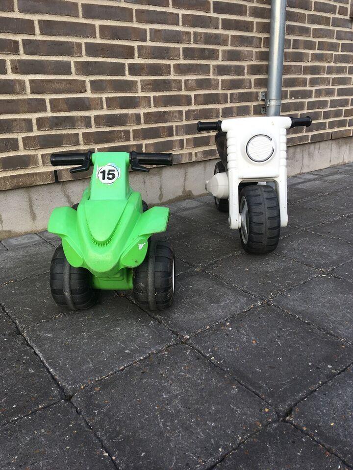 Politiscooter og ATV-crosser., ukendt mærke