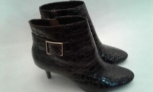 Talbots-Womens-Brown-Leather-2-5-034-Heel-Zippered-Bootie-Shoes-6-5-B