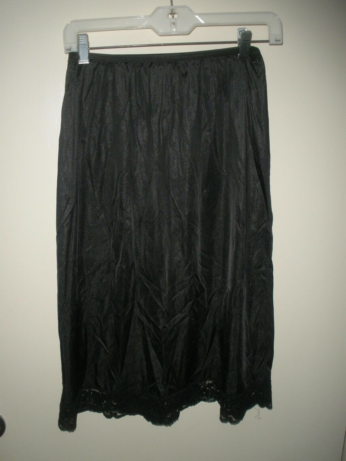 #780 Lorraine vintage black Half Slip Tall M lace hem