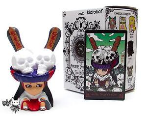 Aimable Le Survivant Par Tokyo Jésus Arcane Divinatoire Les Cartes Perdues Dunny X Kidrobot-afficher Le Titre D'origine