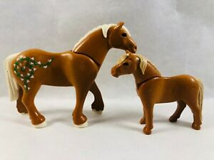 sympa cheval + bebe   Playmobil (  animaux , ferme , équestre  ) 0133