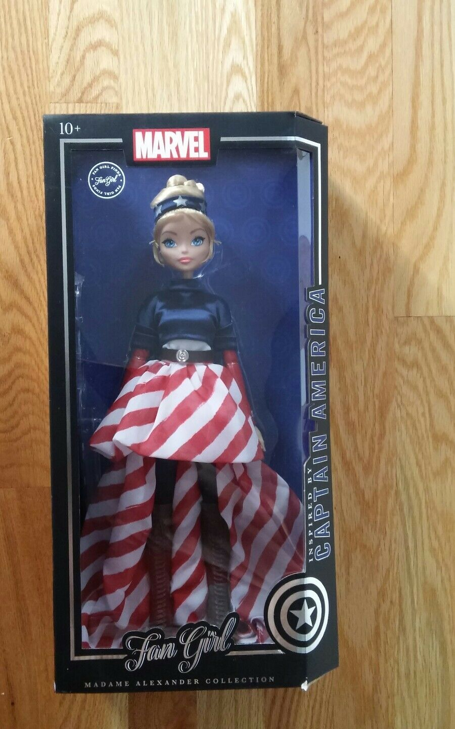 Marvel Fan girl Captain America Variant Doll Madame Alexander 13.5 inch NiB