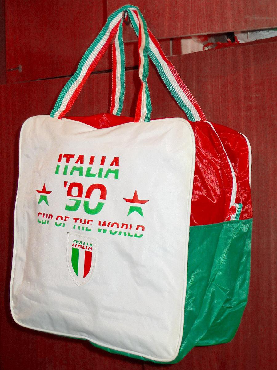 Rara borsa vintage sportiva mondiali di calcio Italia 90 1990 football