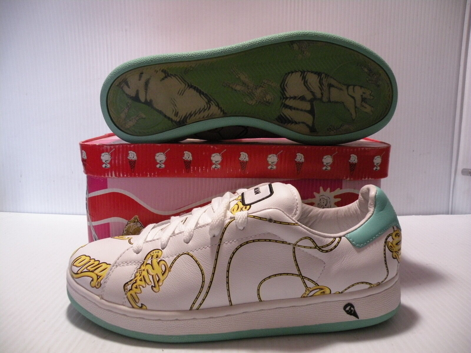 REEBOK ICE CREAM LOW SNEAKERS WOMEN SHOES WHITE / PRINT 10-117087 SIZE 7.5 NEW