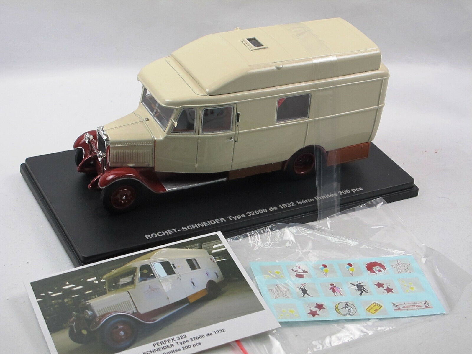 PERFEX 323 - 1932 ROCHET-SCHNEIDER type 32000 FORAIN Home-Car Camping-Car 1 43