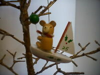 VINTAGE WOODEN HANDMADE BOAT CHRISTMAS TREE ORNAMENT