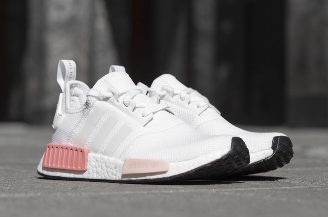 ADIDAS NMD R1 SHOES ICEY PINK BY9952   Donna SZ 5-11