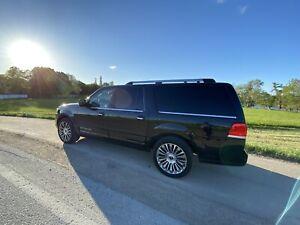 Black Luxury SUV- Navigator L