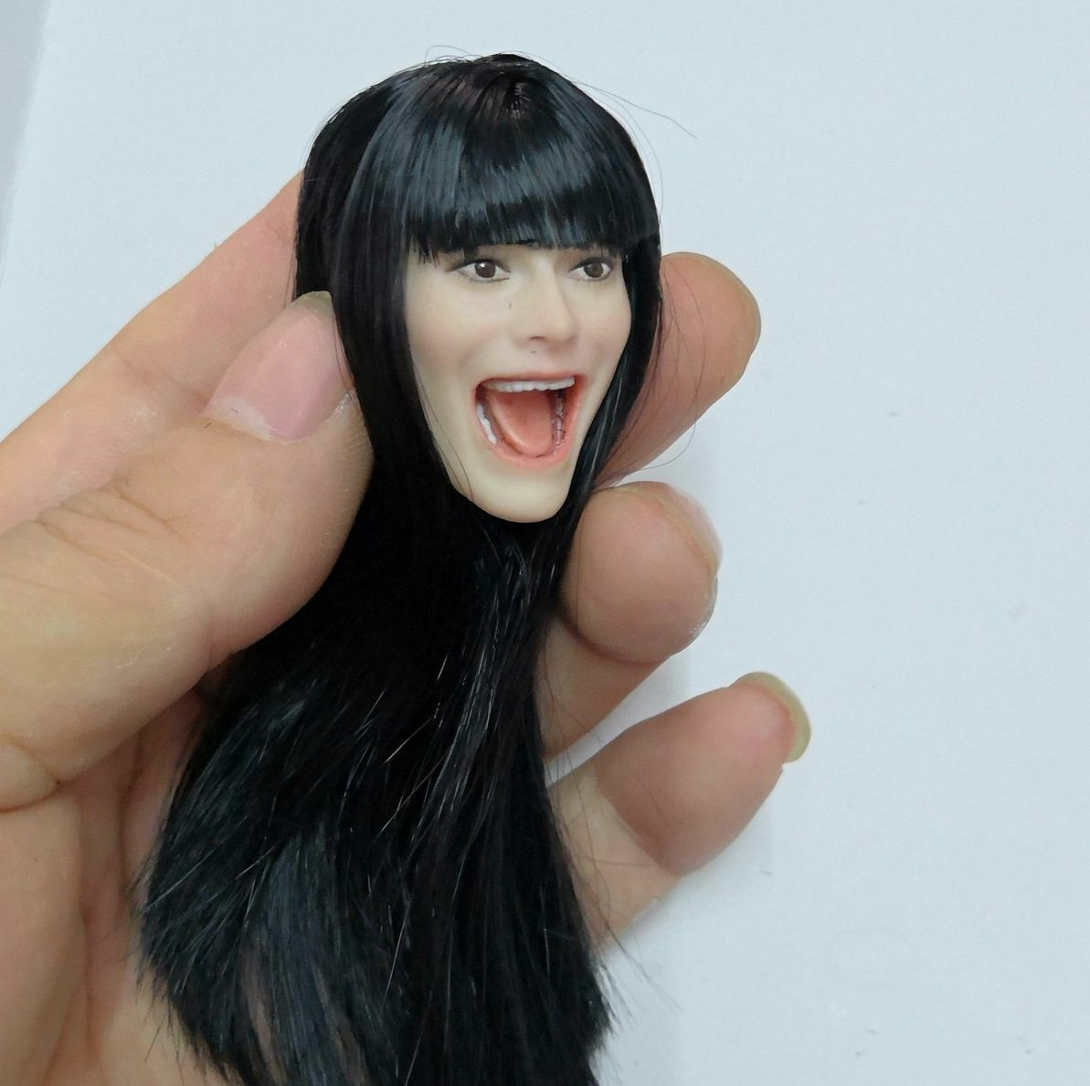 1 6 Singer Girl Head Sculpt Female Shout Open Mouth Head Carving F12 Figure Body