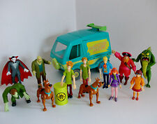 Scooby Doo The Mystery Machine Van with Figures