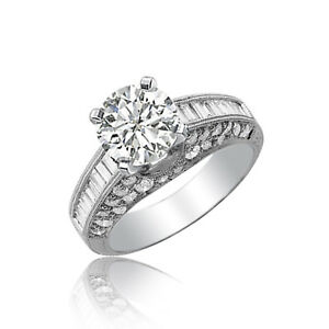 18Ct-Oro-Blanco-Redondo-amp-Baguette-Forma-Anillo-de-Compromiso-Diamante