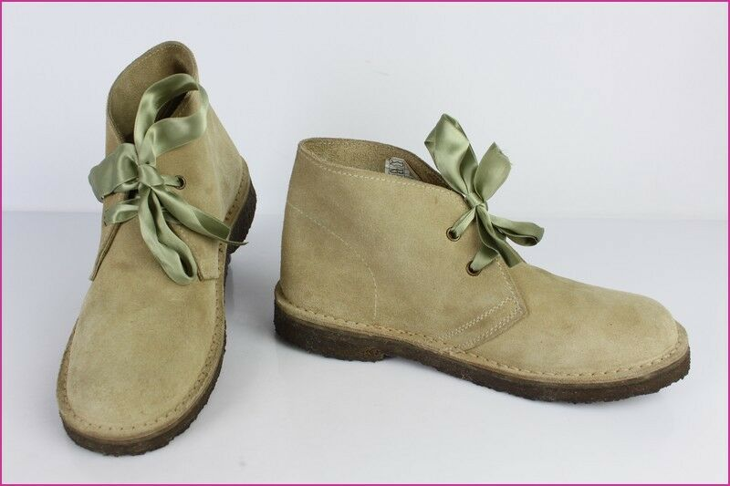 shoes Lace Trafic Suede Beige   Ribbons Green T 38 Very Good Condition