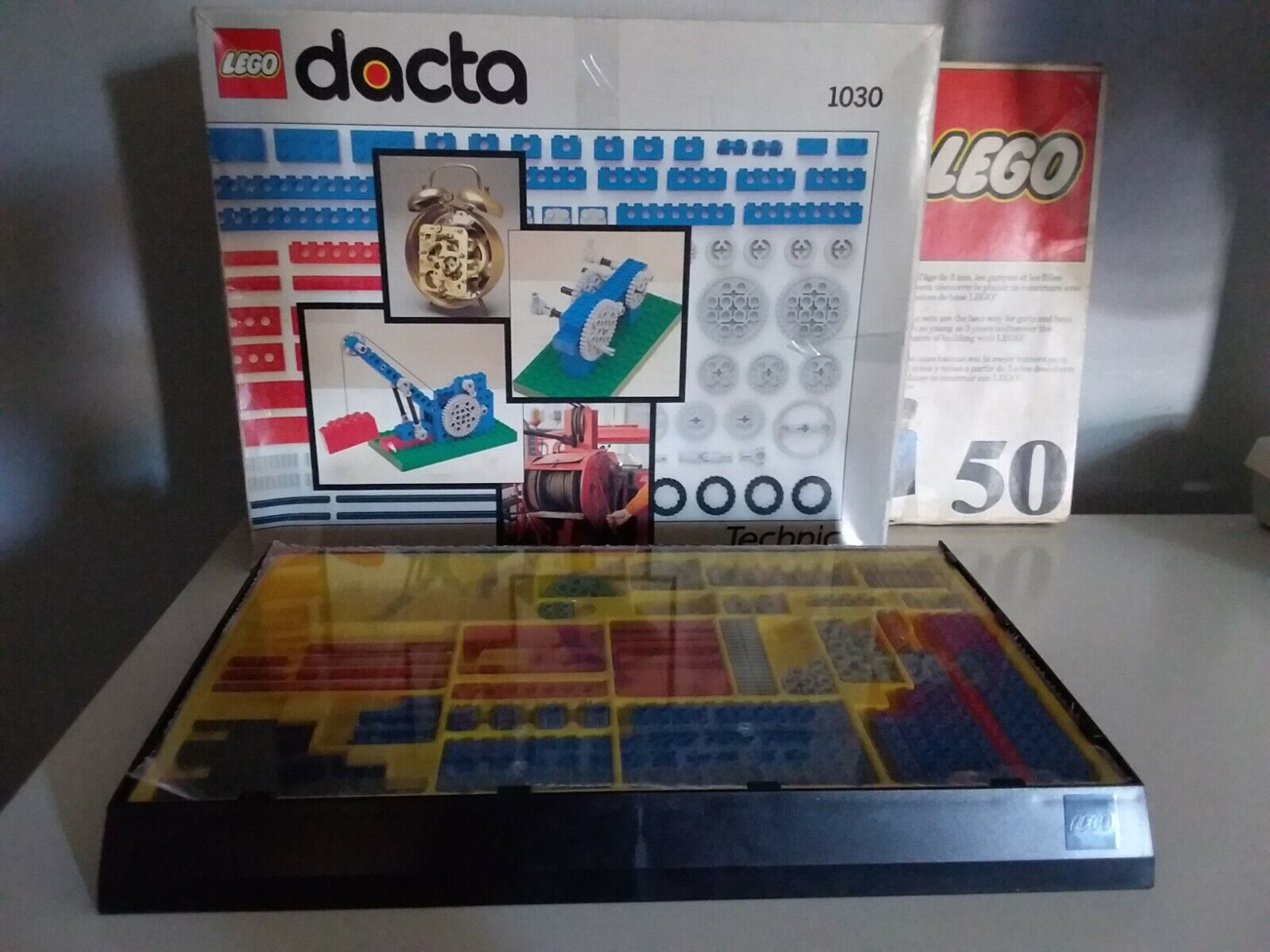 Lego Lego Lego Dacta  Technic 1030 with original box, plus bonus Lego 50 Vintage box d2fc80