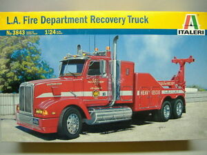 Italeri-3845-L-A-FIRE-DEPARTMENT-Recovery-CAMION-1-24
