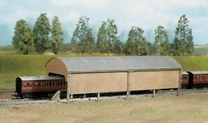Carriage Shed - Ratio 527 - OO/HO Building Kit - P3