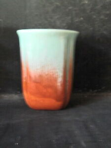 Vintage-GREEN-AND-OCHRE-DIANA-pottery-vase-13cm-tall-486-ON-BASE