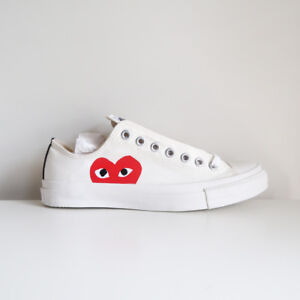 3658753b2bf4 COMME DES GARCONS PLAY x CONVERSE low top canvas sneakers white red ...