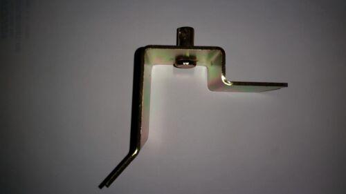1967 1968 1969 1970 1971 1972 1973 Mustang Parking Brake Cable Lever Bracket LH