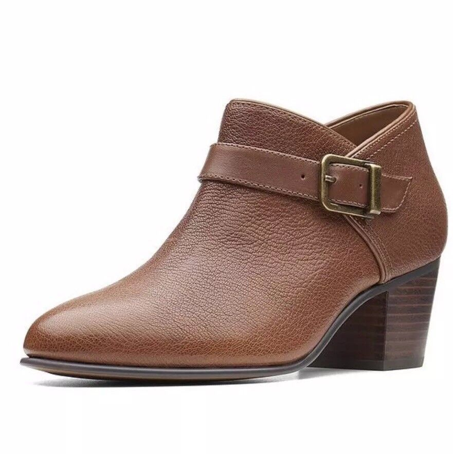 damen Clarks Maypearl Milla Ankle Stiefel - Dark Tan Leather Stiefel Größe UK 4D