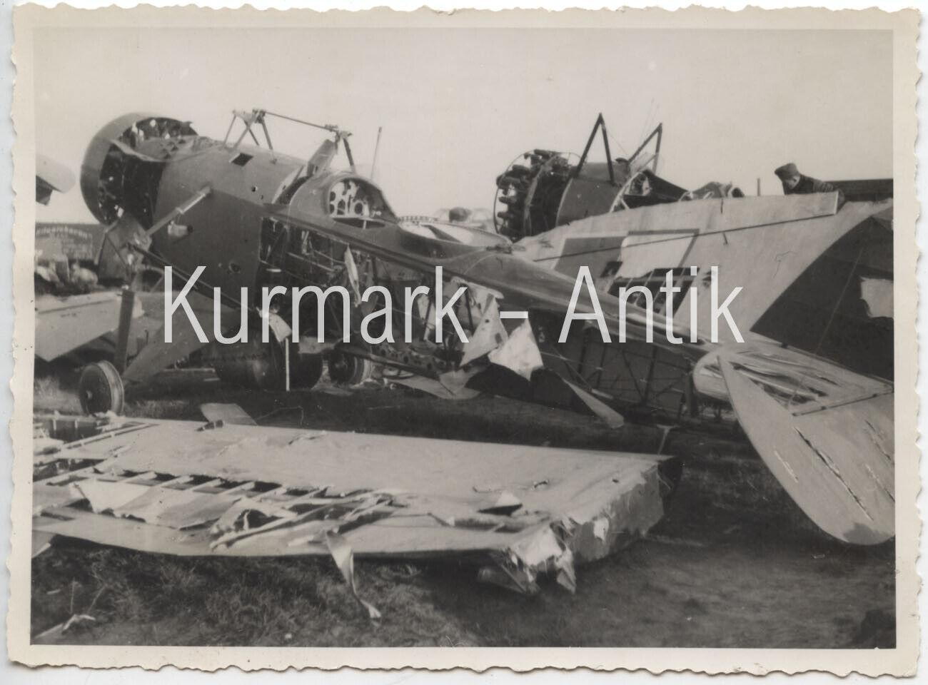 Bild 1 - AM058 Foto Wehrmacht Luftwaffe Beute Flugzeug plane Frankreich Russland Polen ?