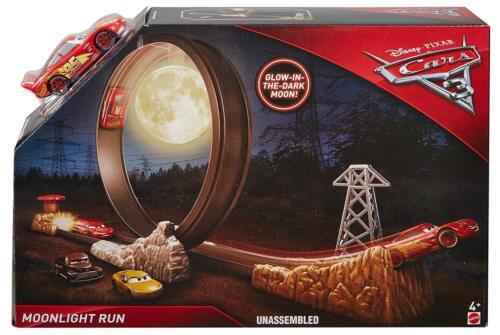 Disney Pixar Cars 3 Moonlight Run Track Set glow in the dark FDC37  *NEW*
