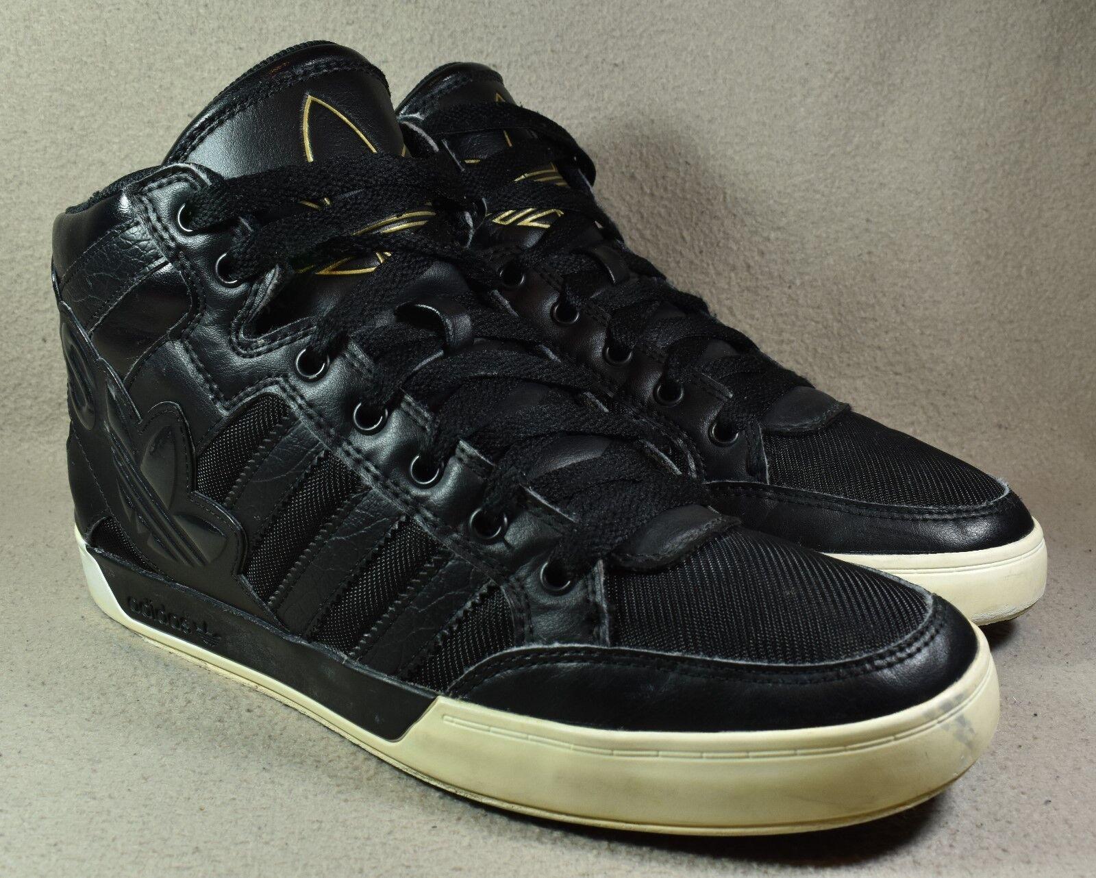 Adidas basket ciao grande grande grande logo nero   bianco   uomini sopra i formatori     Materiali selezionati  e68c75