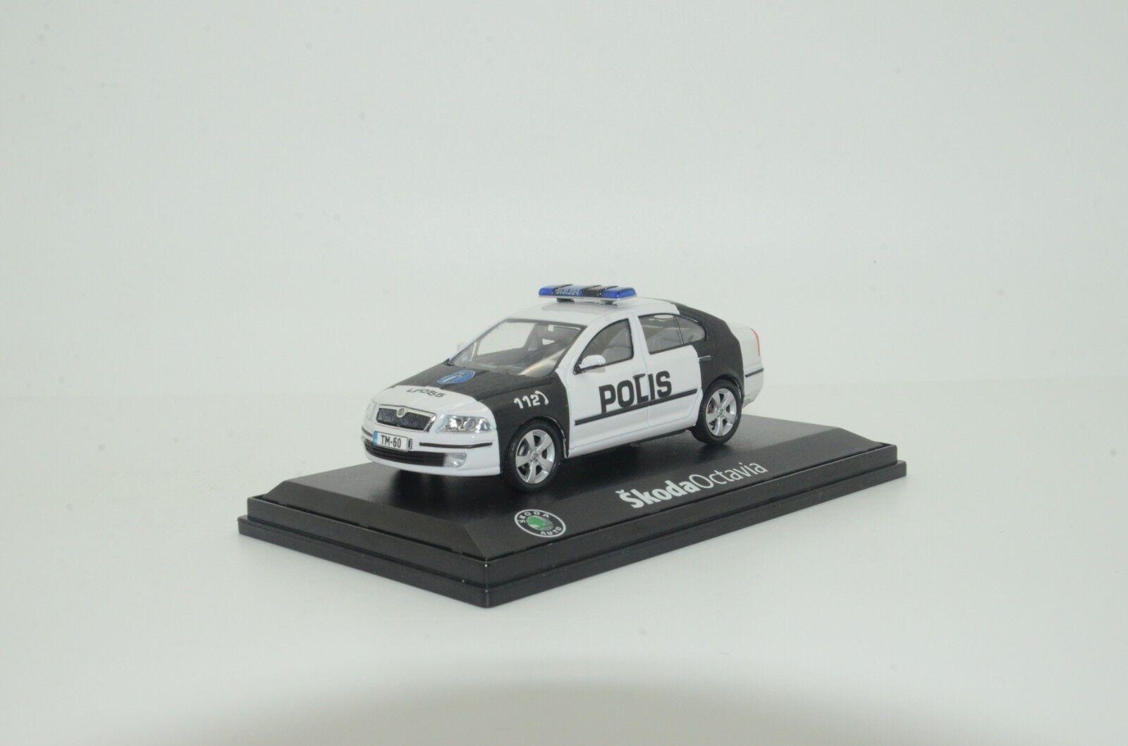 Rara Skoda Octavia II Finlandia polis policía Hecho a Medida 1 43