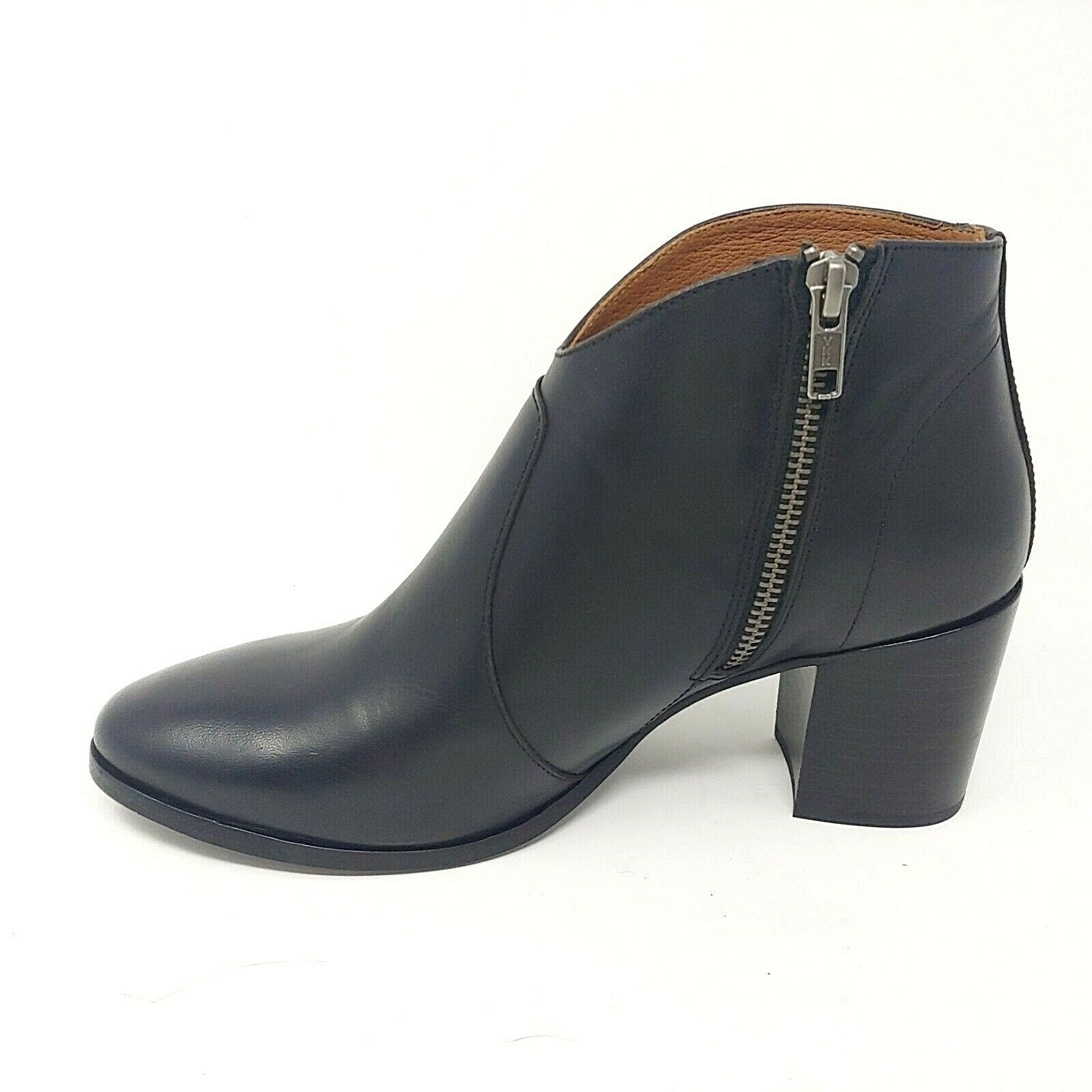 Frye Nora Zip Short Booties Black Leather Ankle Boots MSRP  298 Womens Size 7