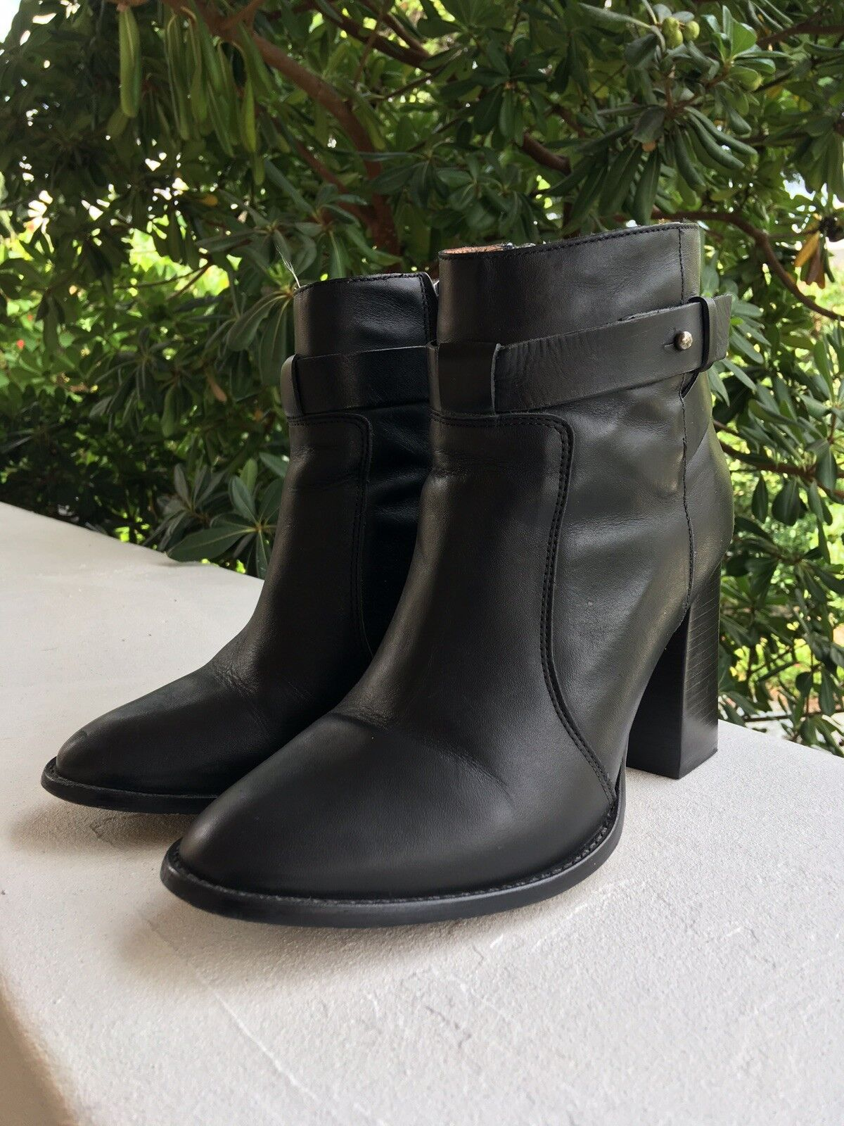 """Madewell Women's Black Leather Ankle Boots, Size 9 (US), 3.5"""" Heel"""