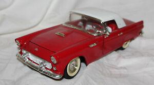 Revell-1-18-Metallmodell-1955-Ford-Thunderbird-Vitrinenmodell