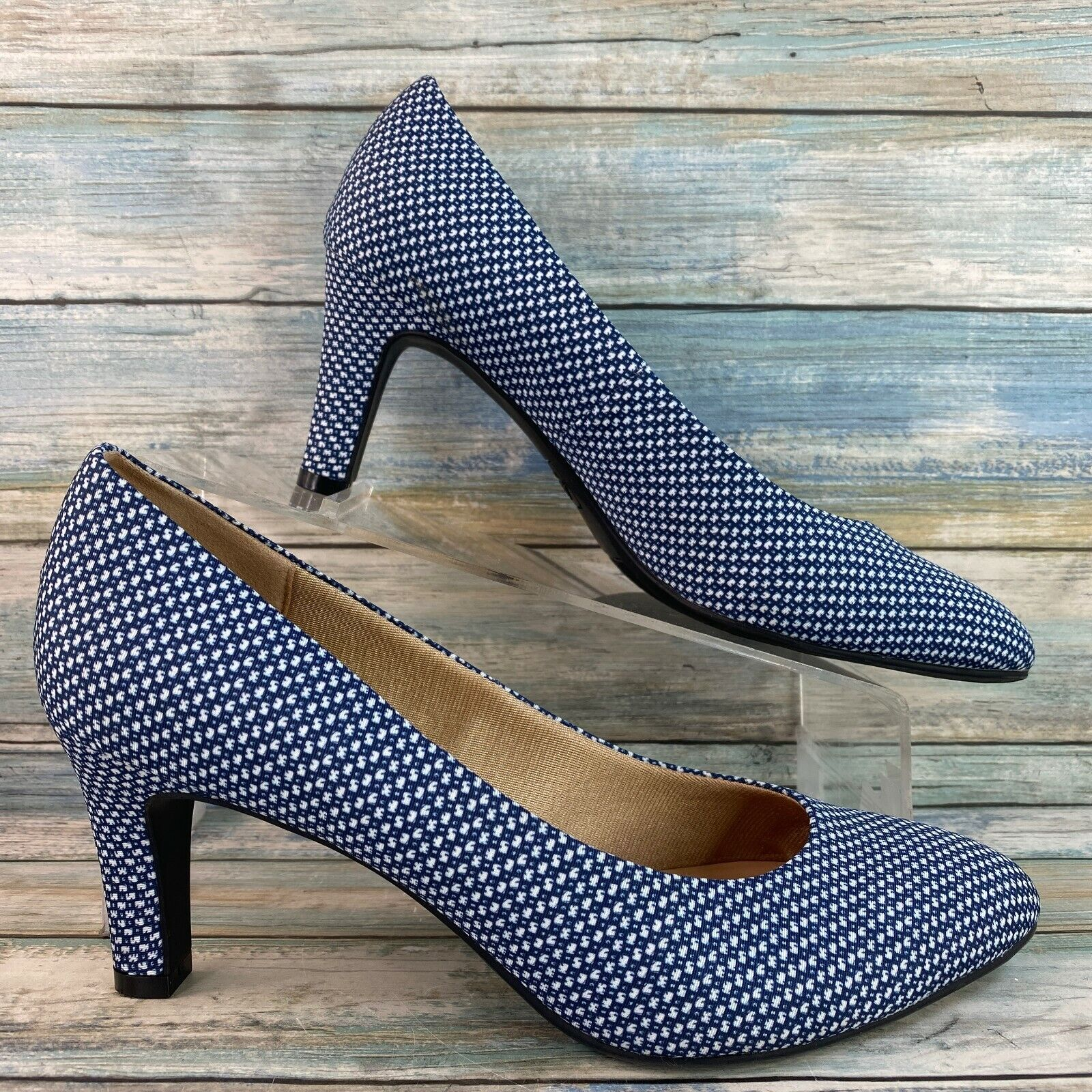 Abella Galaxy Womens Pumps Blue White Fabric Uppers Almond Toe Size 8.5M