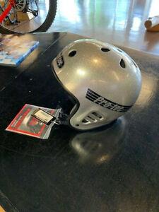PROTEC-Fullcut-Skate-Helmet-Sizes-SM-XL-Silver-Gold-White
