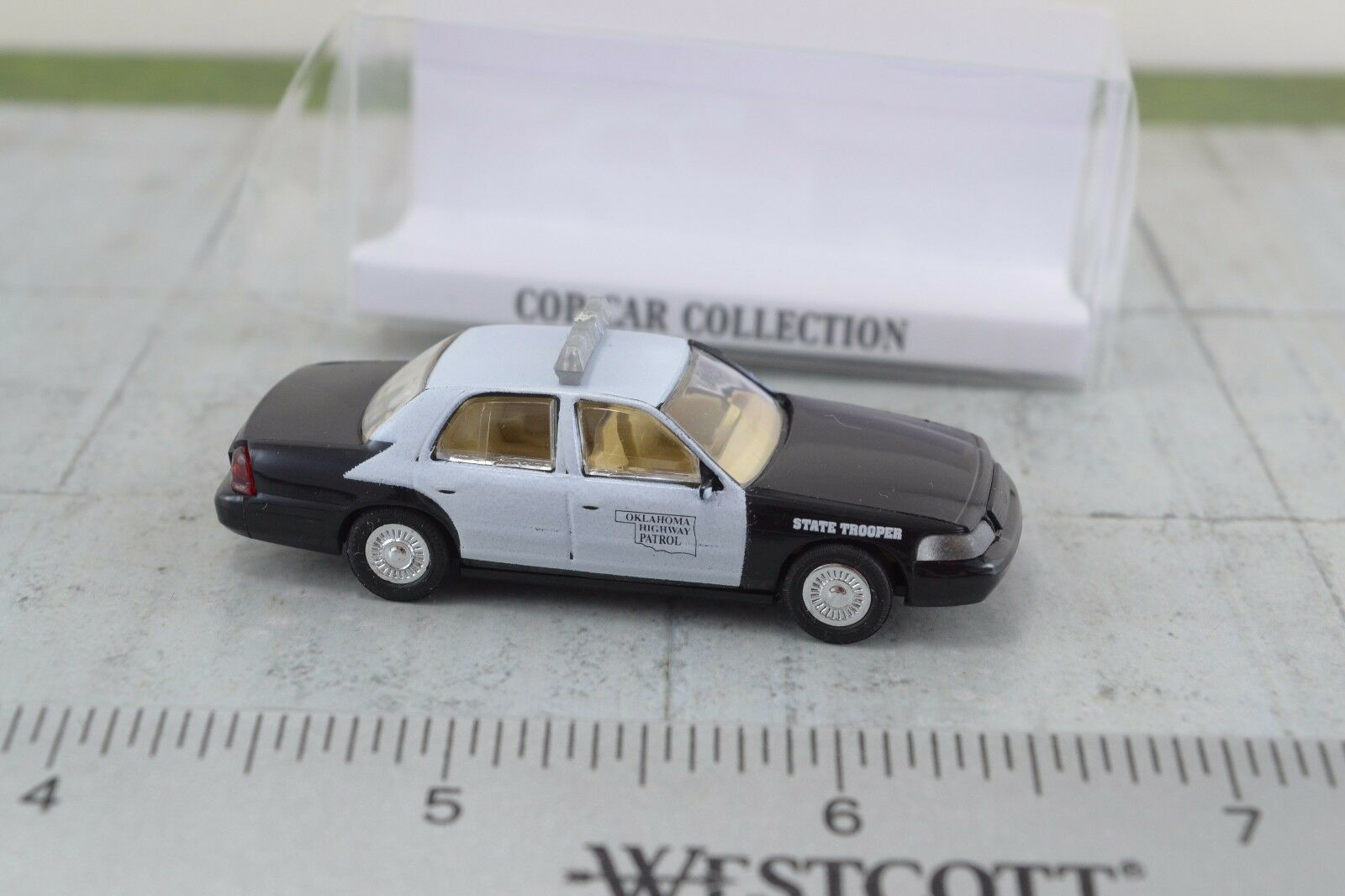 ST Ford Crown Victoria San Diego County Sheriff Cop Car Collection 1:87