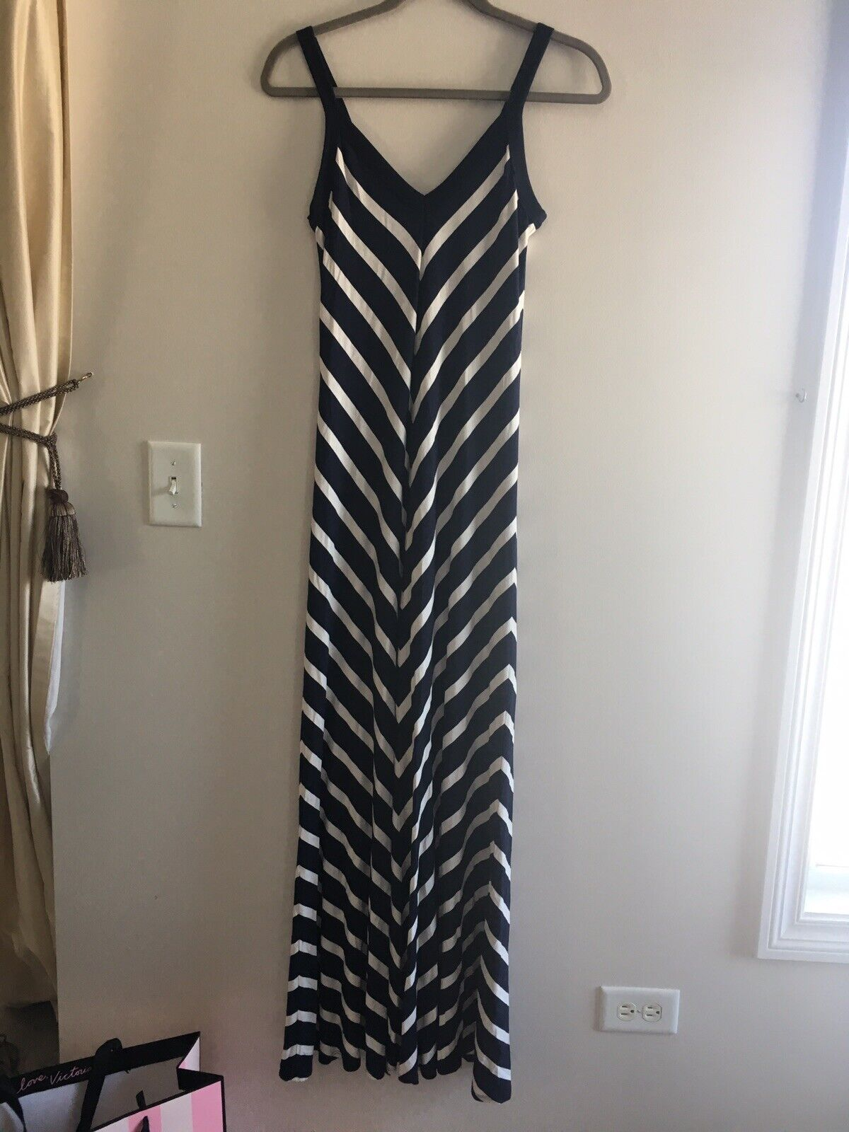 Karen Kane Stretch Knit Jersey Maxi Dress, size Small  Navy and White