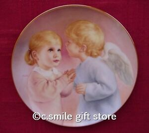 MaGo-ANGEL-039-S-KISS-Heavenly-Angels-plate-Artaffects-Mint-in-Box-Retired-RARE