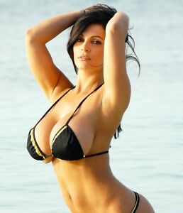 Denise Milani picture 77