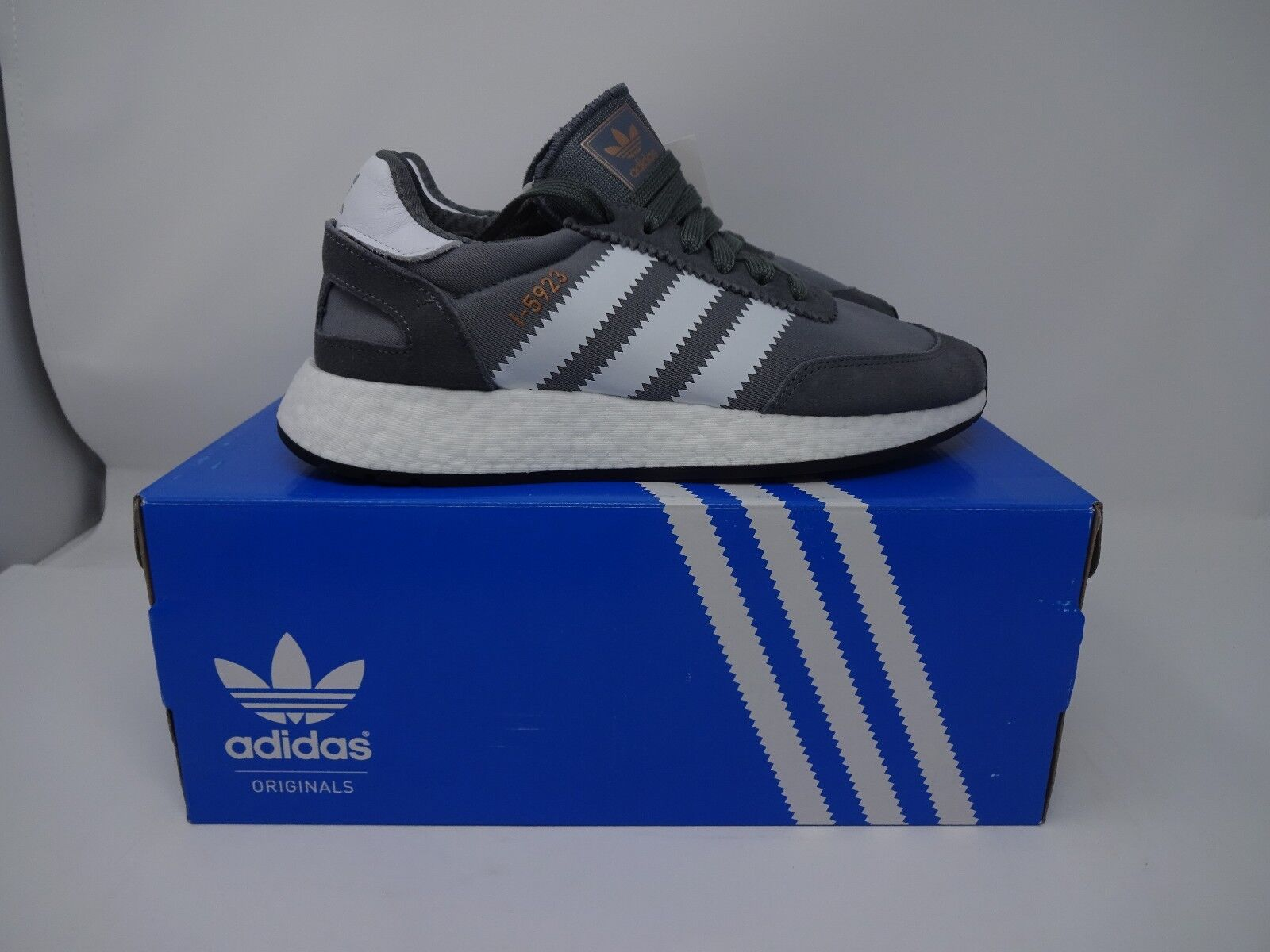 ADIDAS INIKI - RUNNER BOOST I 5923 - INIKI GREY / Weiß BNIB UK VARIOUS SIZES 9f3a37