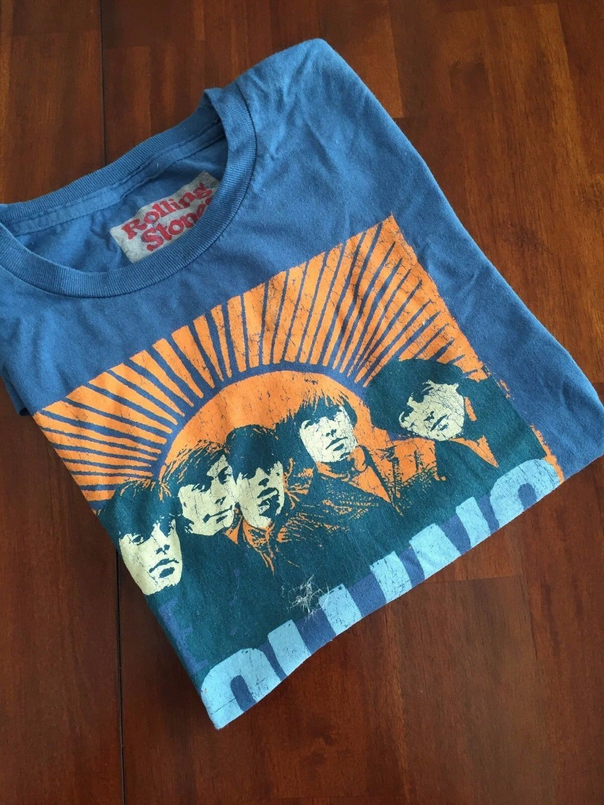 ROLLING STONES  1966 JULY 25  HOLLYWOOD  BOWL .LOS ANGELES C.A.T-SHIRT(X L)   58