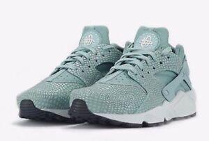 a3b778a37024 Nike Air Huarache Run Print Shoes in Cannon Pure Platinum ...
