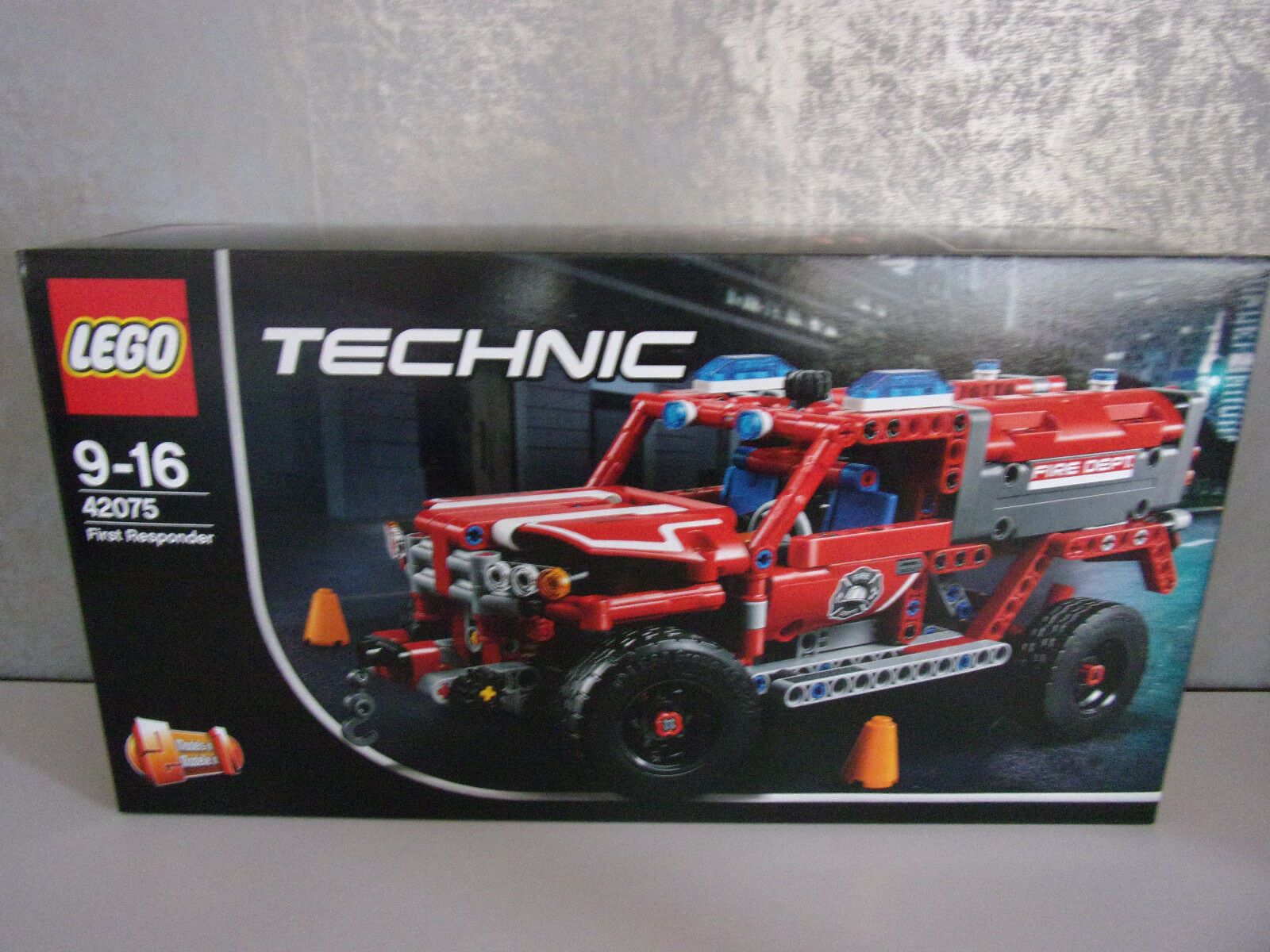 Lego Technic 42075 First Responder (2in1) - NEU & OVP