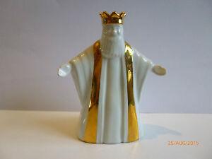Wade-NATIVITY-GOLD-DETAIL-THE-KING