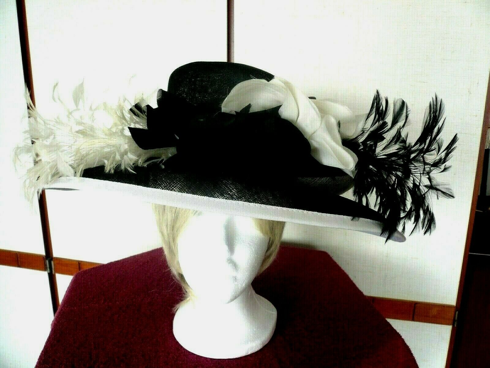 Diana - Ladies Hat : Something rather special...for someone very special!......