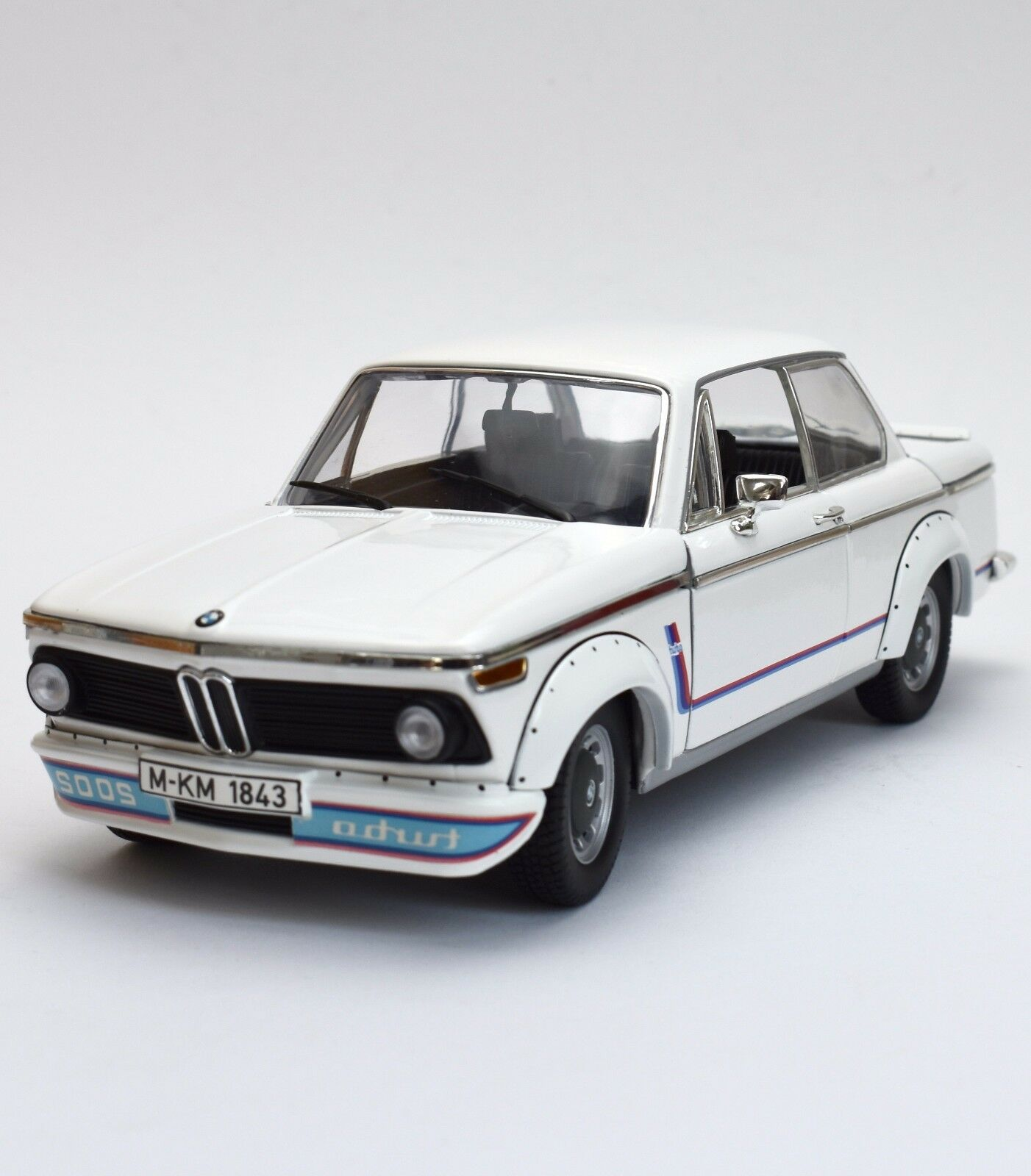 Anson TOP RARITY BMW 2002 Turbo Sport Coupe in Painted White, OVP, 1 18, k020