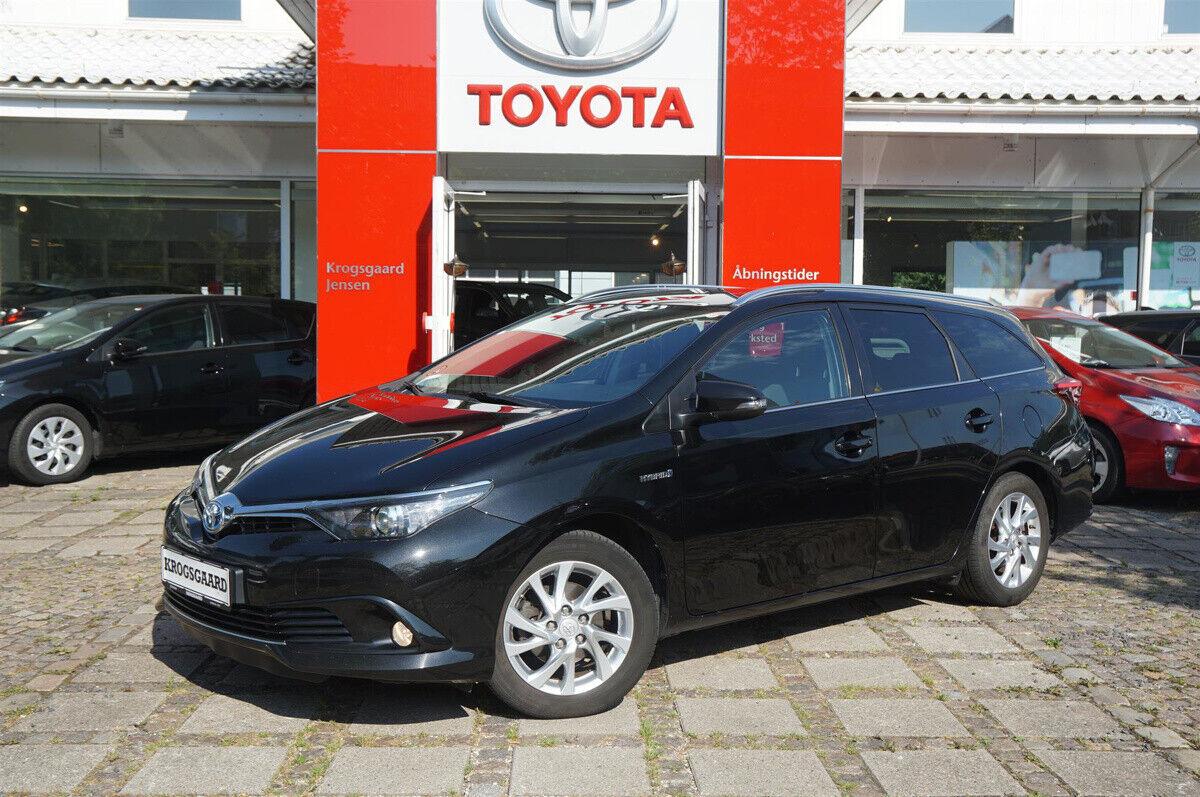 Toyota Auris 1,8 Hybrid H2 Comfort Touring Sports CVT 5d - 164.900 kr.