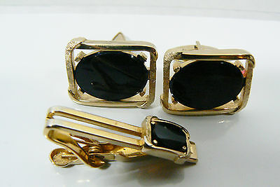 VINTAGE GOLD TONE METAL BLACK ONYX CUFF LINKS & TIE BAR CLASP PIN SET SWANK
