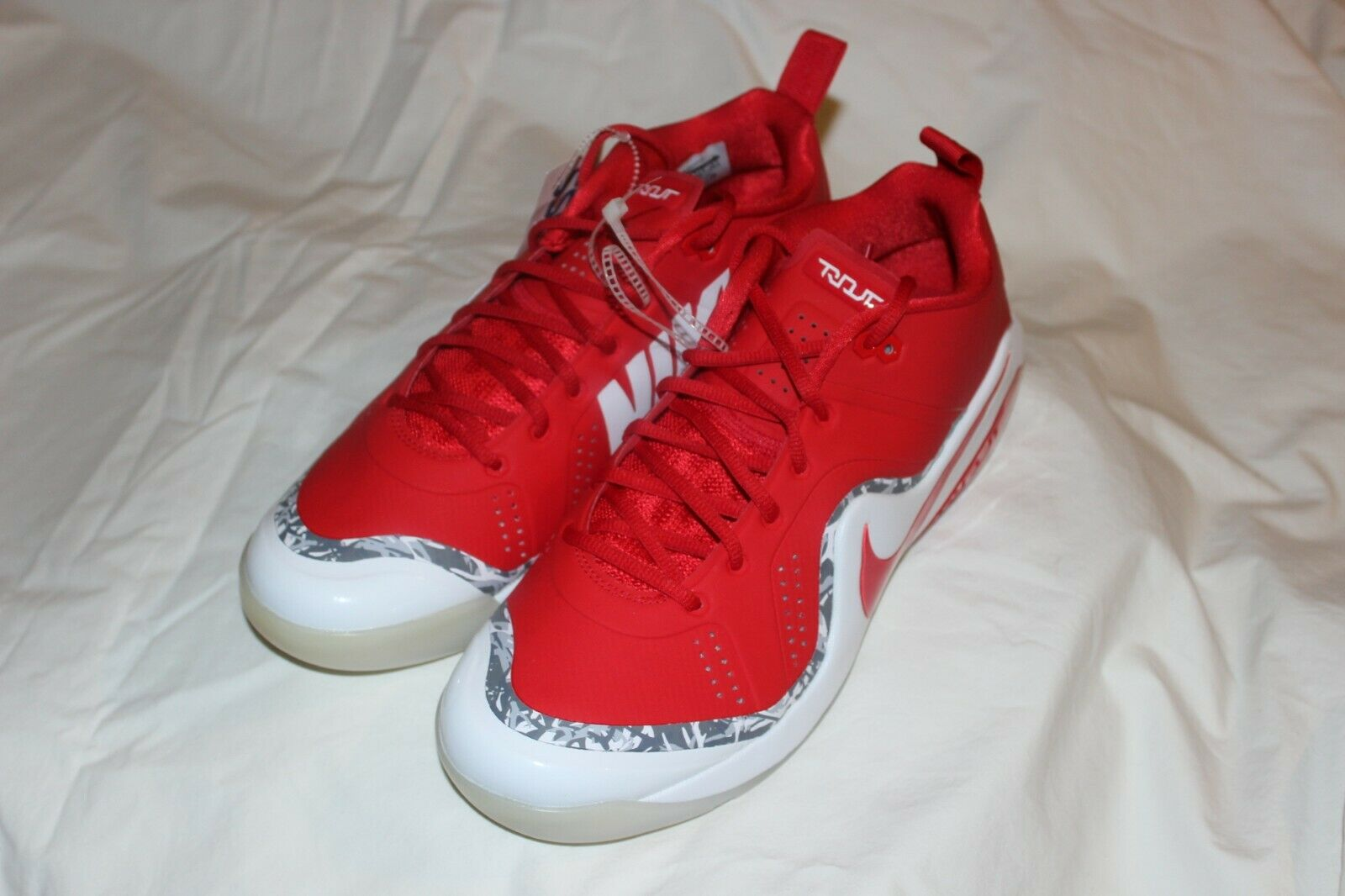 Nike Force Zoom Trout 4 Turf shoes Size 11.5